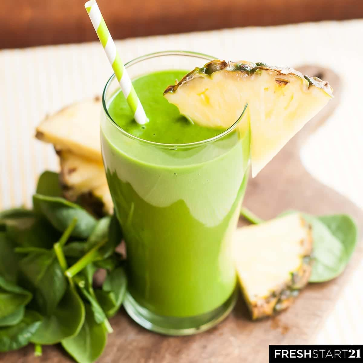 Tropical Skin Cleanser Green Smoothie from the Fresh Start 21 Cleanse